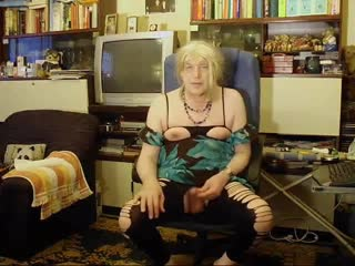Blonde Mature CD