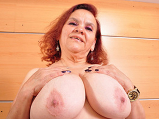 Latin Mature Chubby Gloria Gets Too Horny