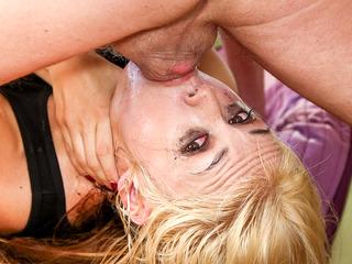 Throated Contest 2014 - Sarah Vandella
