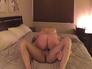 Kinky Chick With Big Booty Gets Huge Load Inside Her Vagina