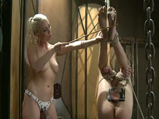 Divine Bitches: Lorelei Lee E David Chase