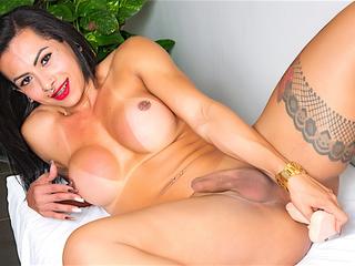 Big Ass Shemale Isabelly Ferreira Dildo Masturbation