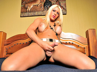 Busty Blonde TS Nicole Valentin