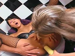 Two horny lesbians dildoing assholes