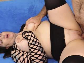 Mature BBW Nova Jade Plays With Her Pussy Before Sucking Cock And Fucking