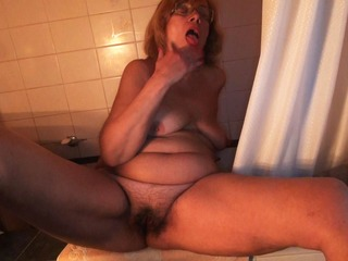 Granny Is Fucking Herself In Bathroom