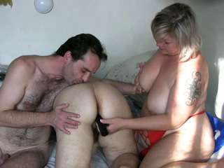 Threesome With Granny And Mature