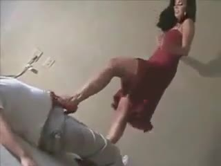 Heels Fille Sexy Ballbusting