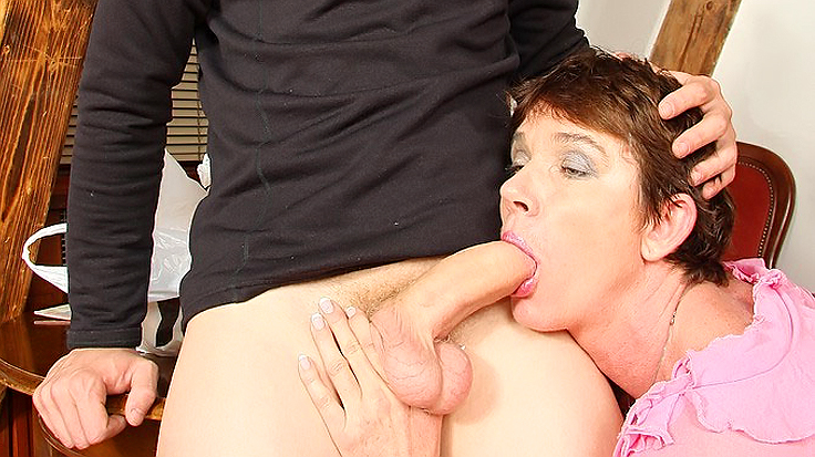 Real amateur mother in law fucked by son in law cumshot facial mom hardcore mother cum son reality amateurs mother