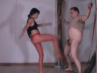 Pantyhose Ballbusting 2