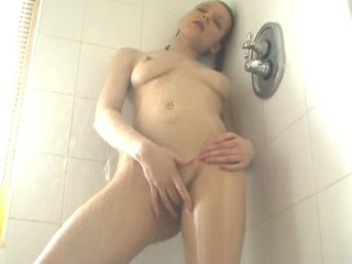 Cutie Plays With Herself In The Shower