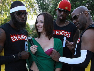 Three Black Gentlemen Fuck Jada And Emy