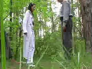 Жесткий Удар В Лесу