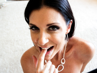 India Summer Loves Eating Cum