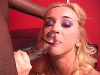 Kelly Wells Handling Big Black Dicks