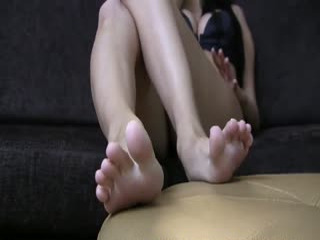 I am totally addicted to getting my feet worshiped