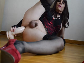 Horny Crossdresser Stretching Ass  With Huge Dildos