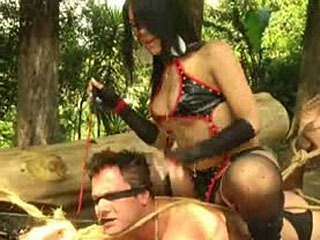 Shemale Domme Trio In The Jungle